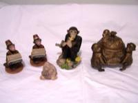 Monkey decor.... WILL NOT SPLIT UP The one with the lid