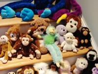 This is a good assortment of stuffed monkeys-- lots of