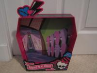 Like brand-new! Holds three Monster High dolls on