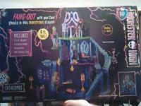 Monster High play set! Must sell asap brand new never
