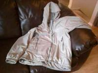 FOR SALE: 1 MontBell Men's Powder Light Parka (Light