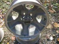 set of 4 15inch chevy alum wheels off 84-88 monte carlo