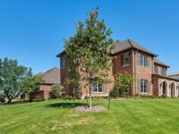 Stunning traditional corner estate in exclusive guarded