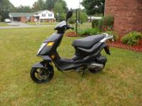 Moped Scooter 2 Cycles Keeway Flash 50cc Italian Style