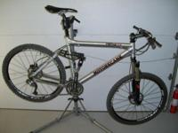 Professionally maintained 2009 Motobecane Fantom Team