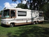 1996 ROLLS AIR MOTOR HOME IN EXCELLENT CONDITION.