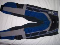 I have 2 pair of motocross pants. Both are size 34 and