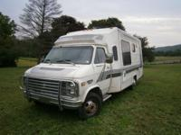 1984 Chevy 30, Honey Motorhome, 22ft, 8 cyl, 350 motor,