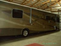 2004 dutch star motorhome with 3 slides, 370 Cummings
