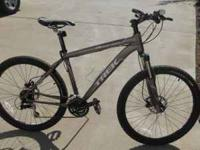 "4300 4-Series Trek Mountain Bike, Disc 18"". Only 1 year"