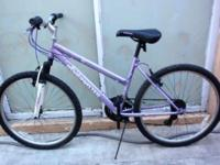 "MOUNTAIN BIKE, FRONT SUSPENSION, 26"", LADY, ROADMASTER"