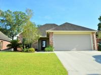 Move-in ready 3 BR, 2 BA home in Creek Side