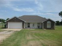 CUTE HOME FOR YOUR BUYERS. NICE SIZE BACK YARD AND