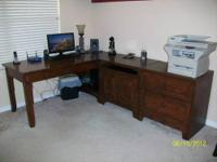 Beautiful, almost new L shape 3 pc desk set - REAL