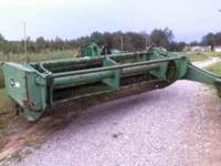 John Deere 720 9ft. cut with hyd cylinder to raise and
