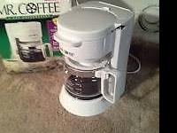 Mr Coffee 4 cup Coffee Maker light on/off removable