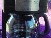 COFFEE LOVERS! .In great conditions,Gently used.makes