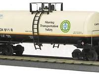 Burlington Northern, Santa Fe Train Tank Automobile,