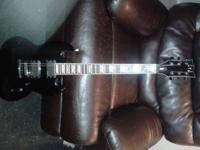 ESP LTD Vipir 301 Electric Guitar w/travel case $350