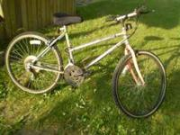 "A MURRAY ""MONTANO"" 18 SPEED MOUNTIAN BIKE. IT HAS A"