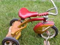 I am selling a vintage Murray 5 tricycle with full ball