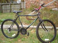 FOR SALE HERE IS A MURRAY LIGHTWEIGHT ALL TERRAIN BIKE