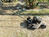 Gas Powered Lawn Mower Murray Briggs and Stratton