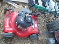 Murray 22 inch cutting deck, 4.5 horsepower Briggs and