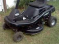 Murray riding Mower RUNS AND CUTS GREAT 12 H.P .Briggs