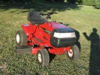 "Murray Riding Mower 13hp, 38"" cut, 5 speed Bagger"