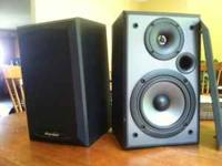 4 speakers available (1matching Pioneer set and 1