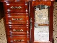 Very nice 4 drawer jewelry box with area for hanging