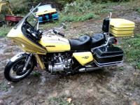 this is a classic 1985 harley softtail it has less than