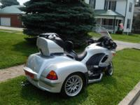 Trike is equipped with a 2009 Hannigan Trike Kit.