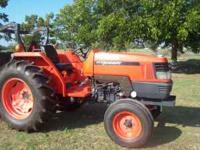 50 hp Kubota tractor with 153 hrs almost new eccellent