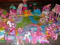 This set includes- 28 big ponies,4 small ponies, 4