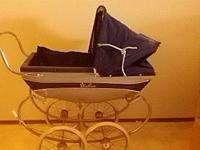 "Silver Cross ""nanny"" baby buggy for sale. Lovely buggy"