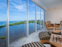 Boasting expansive views of the Gulf of Mexico and Clam