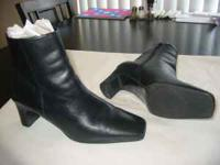 Used - 7W (wide) Black boots for sale-great condition