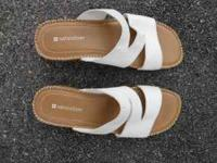 Naturalizer Sandals! Cream and Tan, These are very