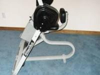 Nautilus Ab Machine Excellent condition, $ 75.00  //