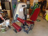 Commercial 2le &2lg Nautilus machines,being sold as is