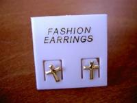 NEW 14K SOLID GOLD CROSS POST EARRINGS - Retail $59.95,