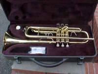Here is a Top Of The Line Bb WEIMAR TRUMPET. It comes