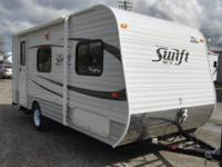 Jay Flight Swift SLX Travel Trailer, Rear Bath