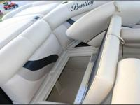 2013 BENTLEY 200 CRUISE PONTOON Options include sun
