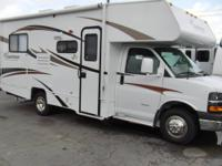 Freelander Class C Motorhome w/Rear Corner Bath