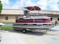 NEW PLESURE ISLAND 19FT CRUISE SUNDECK POWERED BY