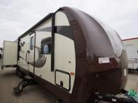BEAUTIFUL NOS 2015 EAGLE REAR LIVING w/ OUTDOOR KITCHEN