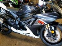 NEW 2015 SUZUKI GSX-R750, PRICED REDUCED $1400 BELOW